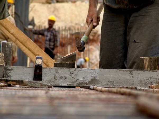El sector en el que más han aumentado los costes laborales es en el de la construcción.