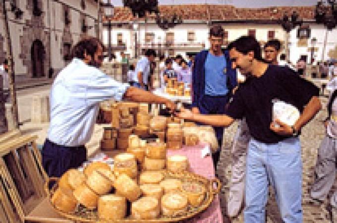 Pagan 4.350 euros por el queso ganador del concurso de Uharte Arakil