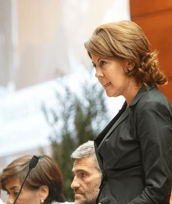 Yolanda Barcina durante una comparecencia