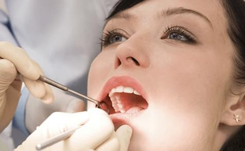 Solo un 49 % de dentistas en Navarra da presupuesto sin que el paciente lo solicite