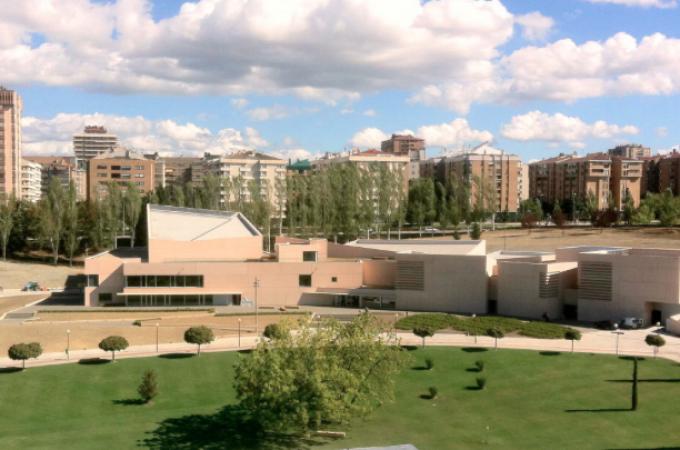 """La Obra Social """"la Caixa"""" y la Fundación Caja Navarra se adhieren al Museo Universidad de Navarra"""