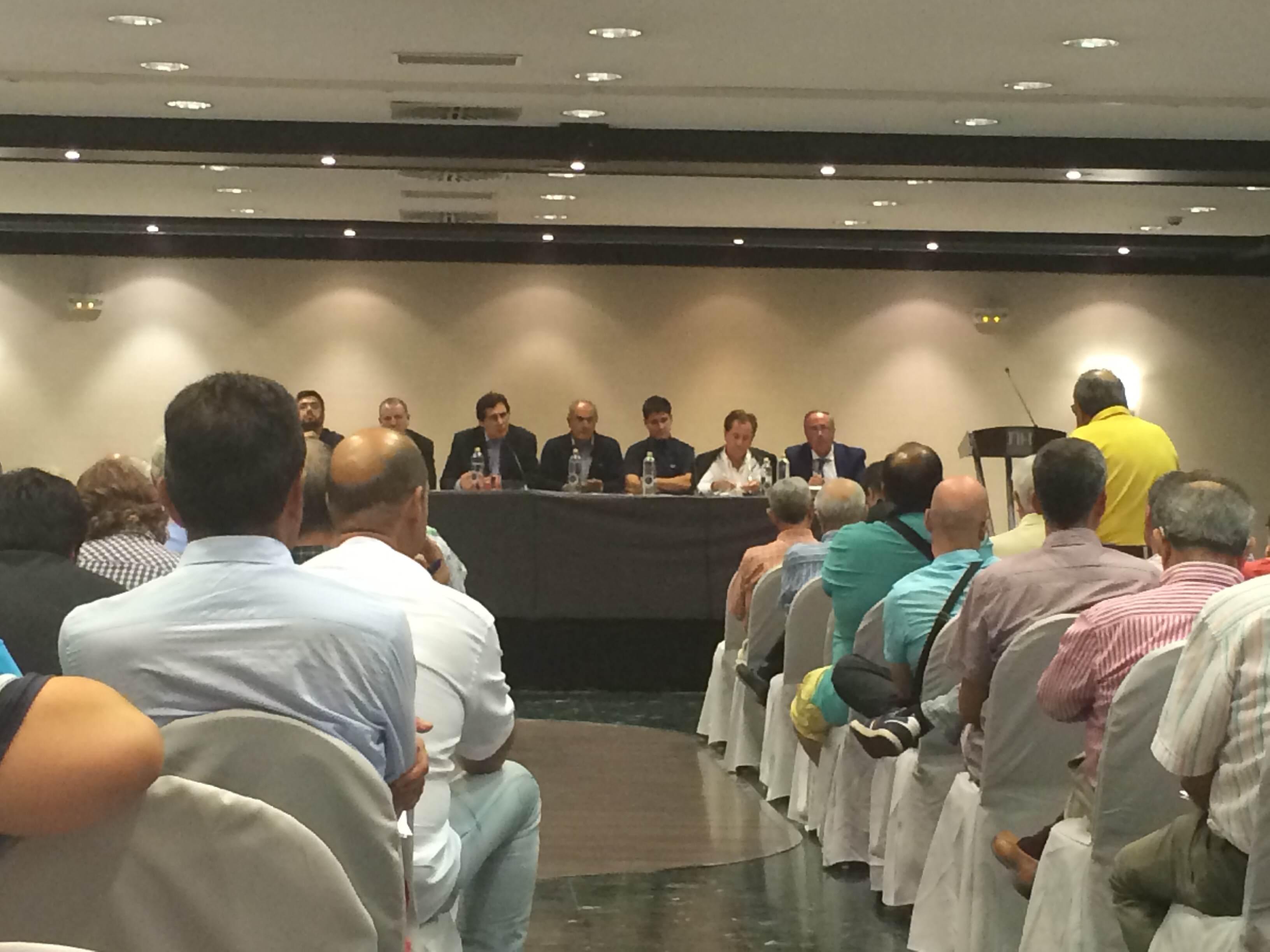 Imagen de la Asamblea general de Osasuna