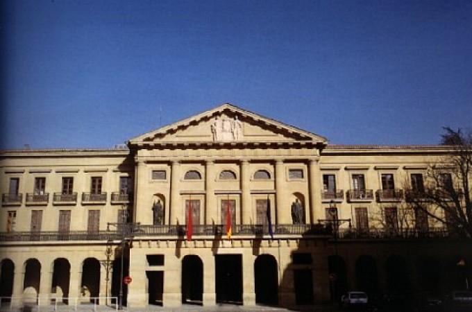 La economía acapara el 40 por ciento del gasto del anteproyecto de Presupuestos Generales de Navarra para 2015