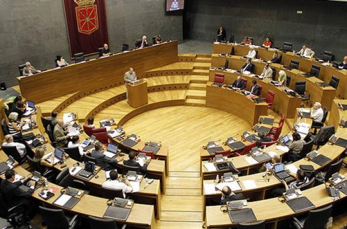 """El Gobierno de Navarra elabora los presupuesto de 2015 con """"poca confianza"""" en que sea aprobado"""