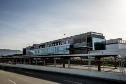 aeropuerto-pamplona2014