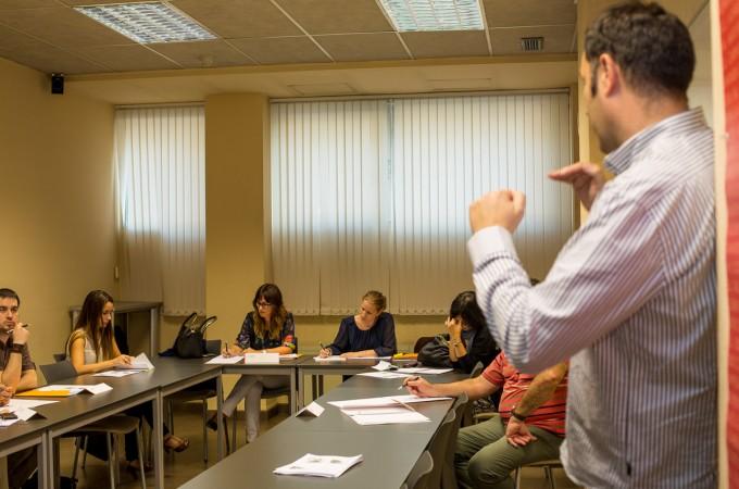 ANEL acerca las claves de la comunicación oral a profesionales que tratan con clientes