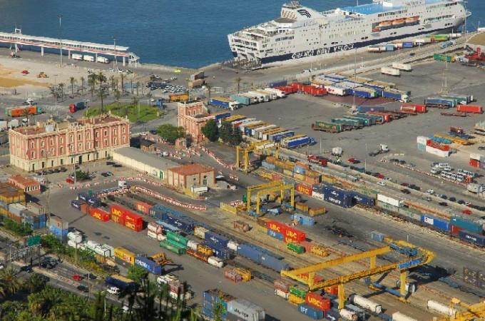 El Gobierno de Navarra subvencionará a las pymes la contratación de técnicos en comercio exterior