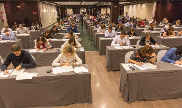 20141129 Examen Asesor Financiero-1