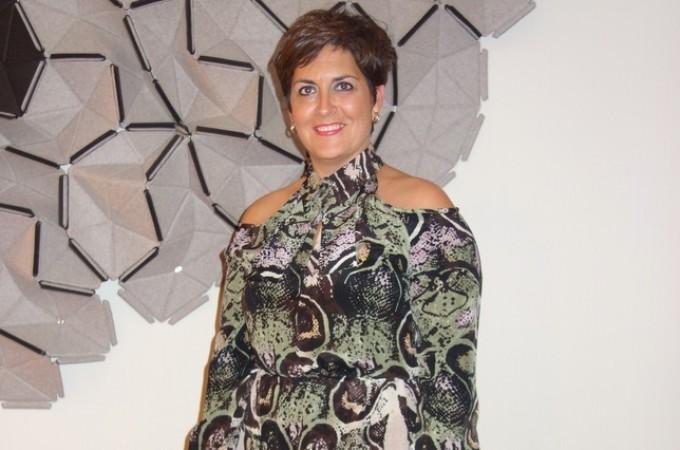 """Esther Sanz: """"Soy feliz porque disfruto todos los días con el trabajo que realizo en el hotel Maisonnave"""""""