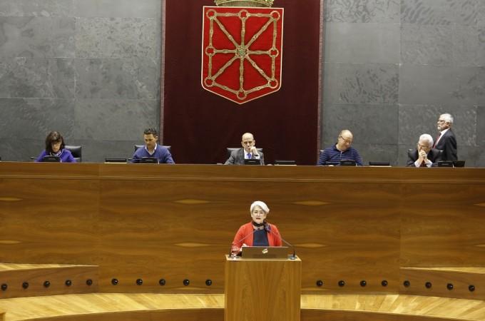 Navarra funcionará por tercer año consecutivo con los presupuestos de 2012
