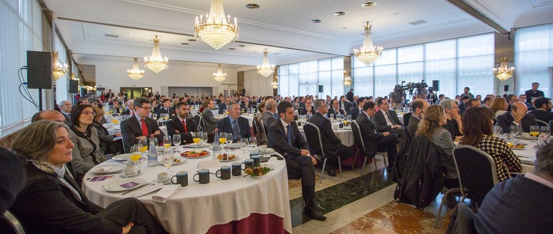 Imagen panorámica del salón Princesa, donde se ha celebrado el desayuno.