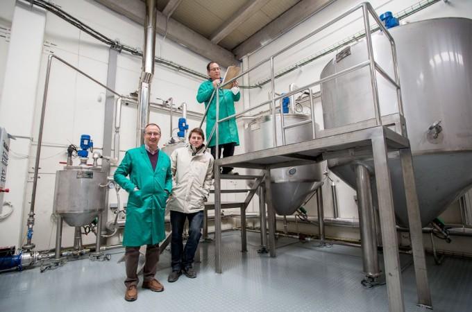 La nueva planta de Pentabiol produce 160 toneladas de pienso simbiótico al mes
