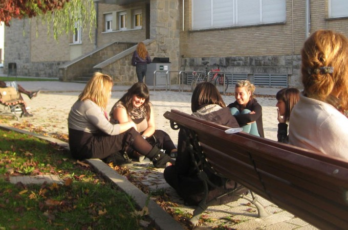 Un total de 4.000 jóvenes desempleados más podrán acceder a cursos de orientación laboral