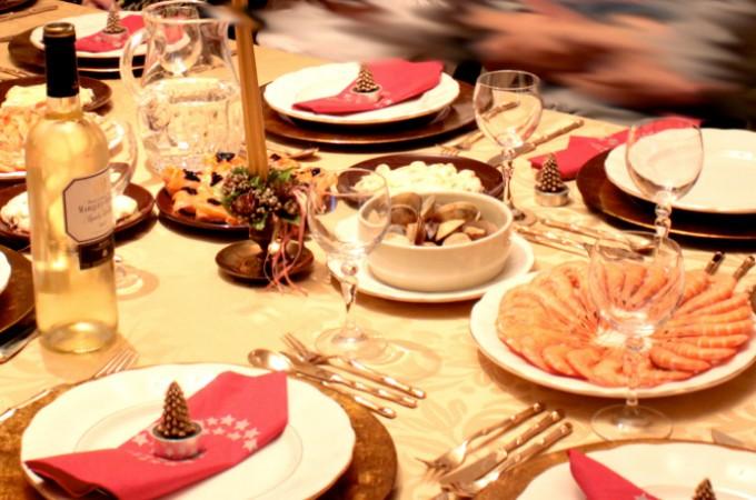 Los hogares navarros se dejarán 235 euros en comida y 219 en regalos estas navidades