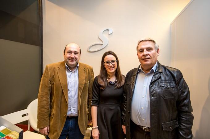 La joven emprendedora Esperanza Simón inaugura en Burlada su proyecto profesional