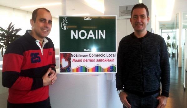 Nacho Sibón de Publicalle y Sebastián Marco, Alcalde de Noáin (08)