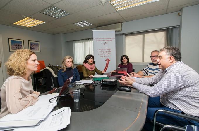 Valencia muestra su interés por el modelo cooperativista que impulsa ANEL