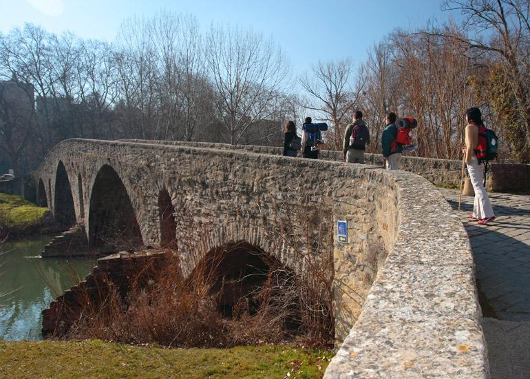 El Camino de Santiago aporta un número significativo de visitantes a Navarra.
