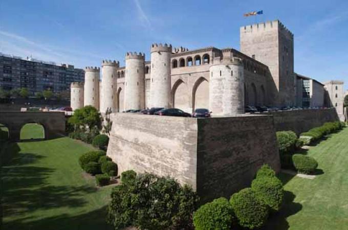 SEDENA gestionará la atención al visitante  del Palacio aragonés de la Aljafería