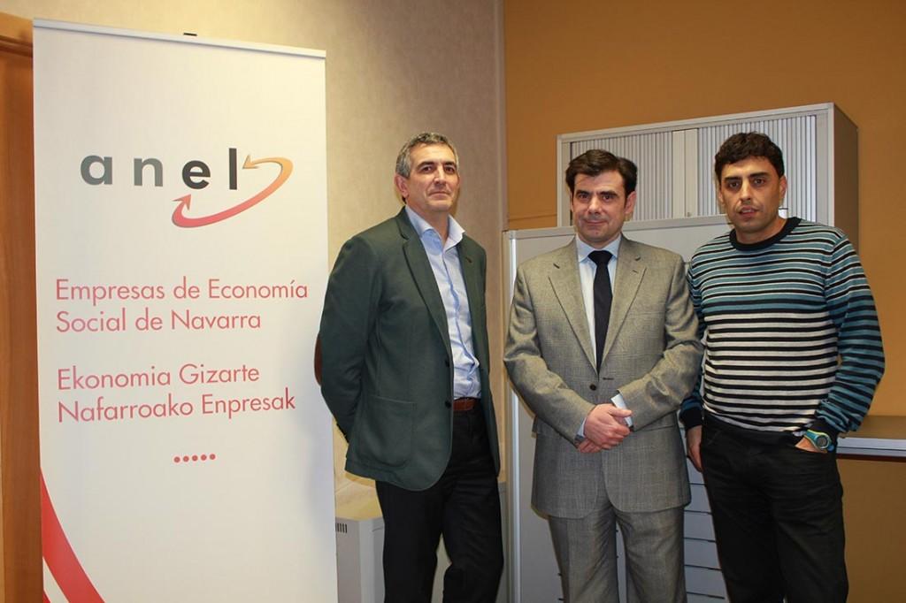 """Óscar García Valdivieso, de Ner Group, ofreció una charla sobre """"Nuevos Estilo de Relaciones"""", organizado por ANEL y CEN."""