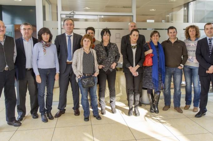 Representantes de la Comisión de Salud del Parlamento visitan Mutua Navarra