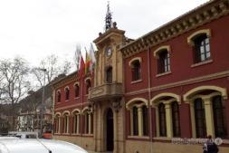 El Plan de Inversiones Locales era el que contaba con una mayor partida. En la imagen, el Ayuntamiento de Estella.