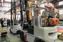 operario-fabrica-industria-8