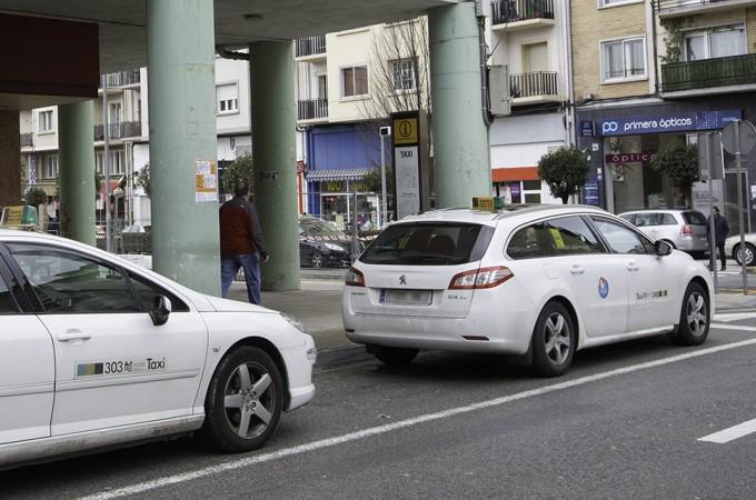 Pamplona se suma a una nueva red de taxis para empresas