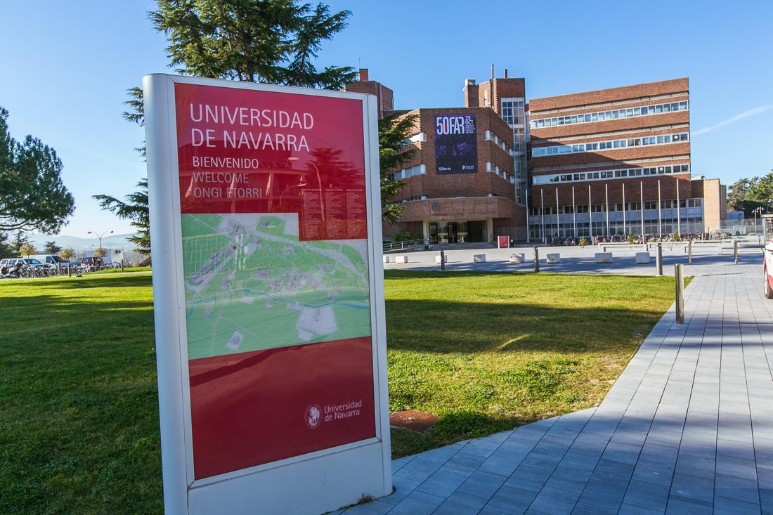Imagen exterior de la facultad de Ciencias de la Universidad de Navarra.