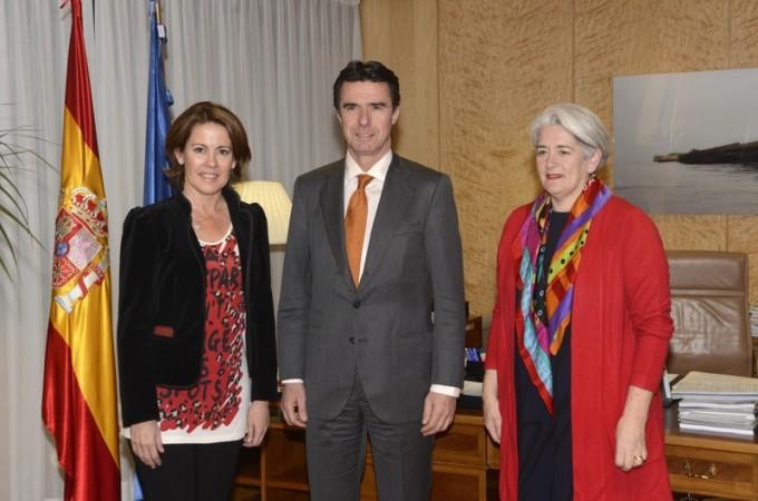 El sistema eléctrico de Navarra se adaptará al acuerdo energético firmado entre España y Francia