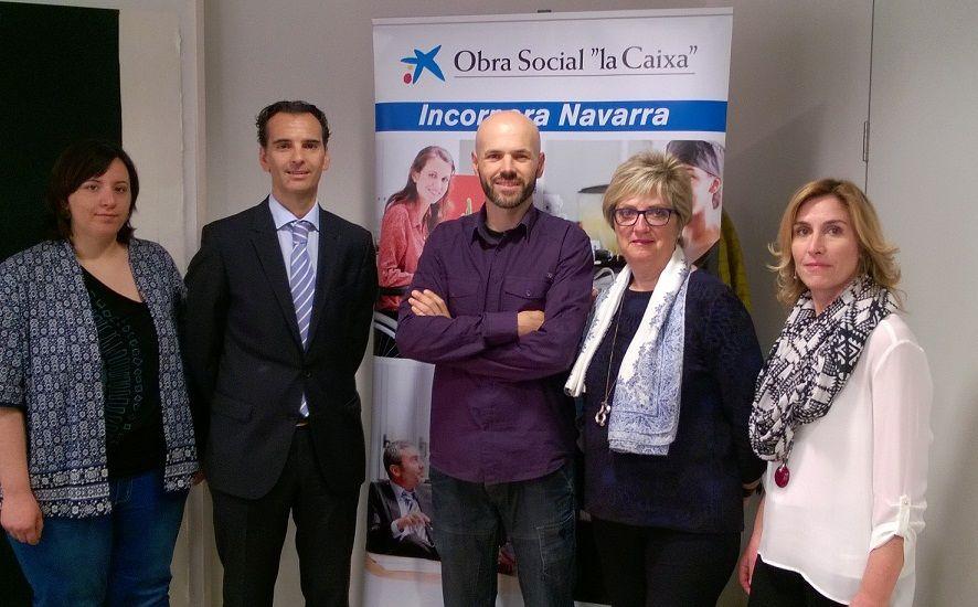 20150506 Adhesión Fundaciones Navarra Incorpora Obra Social la Caixa