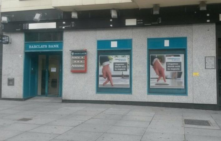 Caixabank culmina la fusi n con barclays bank sau for Caixa oficinas pamplona