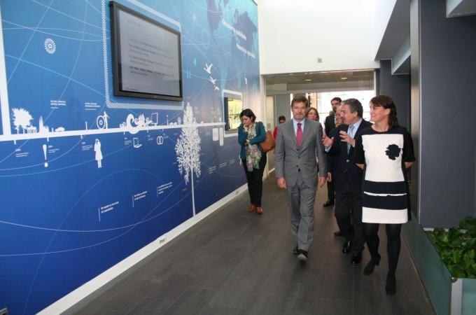 El ministro de Justicia visita las instalaciones de Thomson Reuter Aranzadi