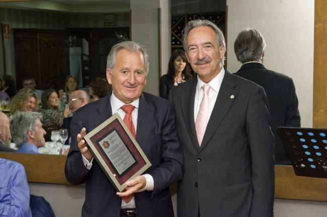 Julián Sainz Barbarin, Distinción Especial