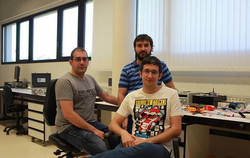 Alfonso Baquero, Santiago Led y Miguel Martínez de Espronceda, ingenieros de telecomunicaciones de LQTAI.