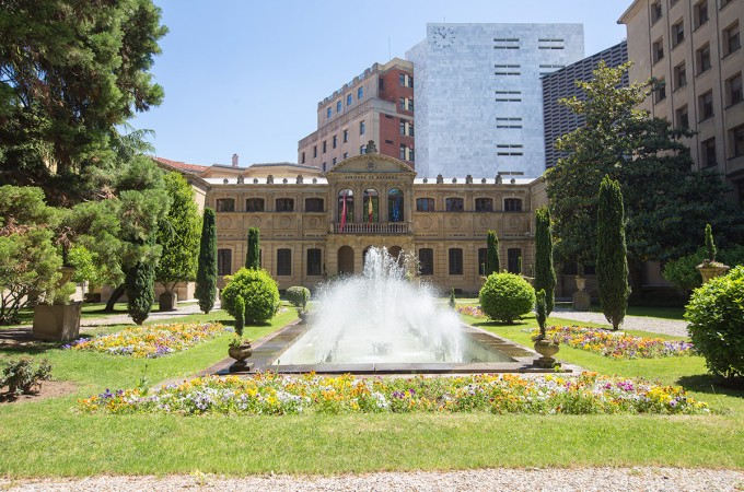 "Navarra formaliza créditos ""para necesidades transitorias de tesorería"" por 400 M. de €"