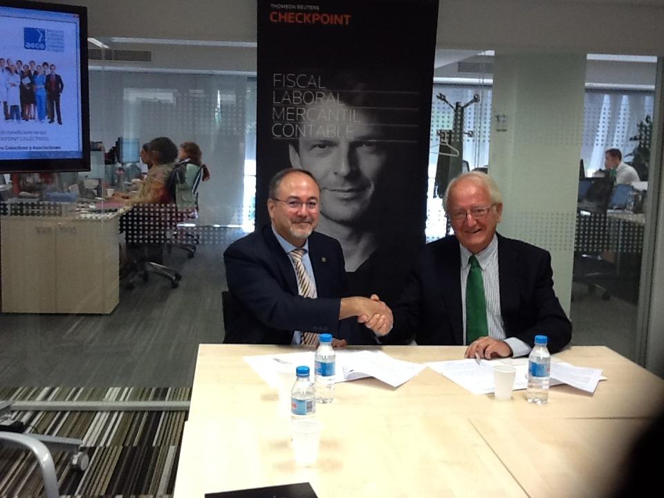 Firma convenio TR-AECE. Javier Moscoso del Prado. Thomson Reuters