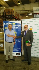 Gregorio Yoldi, Presidente del Banco de Alimentos de Navarra, y Joaquín Arana, Gerente de Relaciones Externas de Mercadona en Navarra