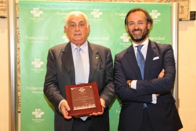 Jesús Moreno Hernando y D. José Ignacio Díaz Lucas, Director Territorial Norte de la mutua.
