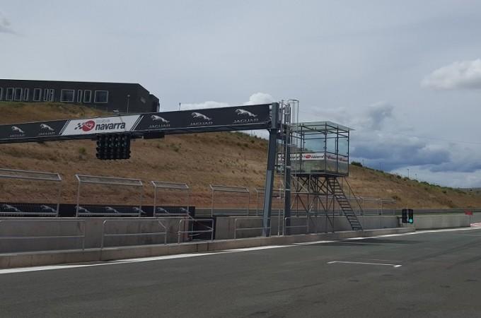 Arranca la presentación del nuevo modelo del Jaguar XF en el Circuito de Navarra