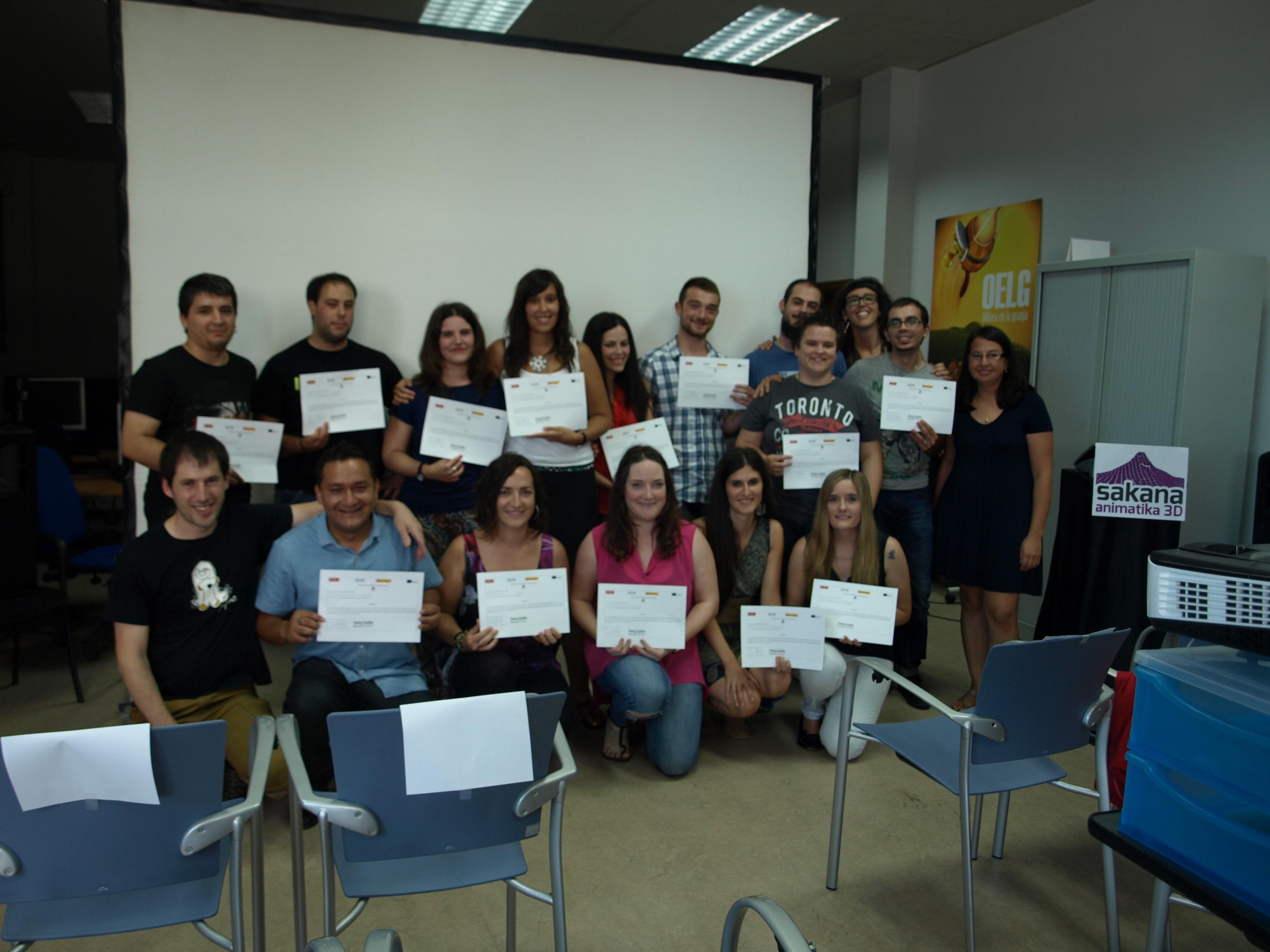 Foto de familia de participantes en Sakana Animatika 3D