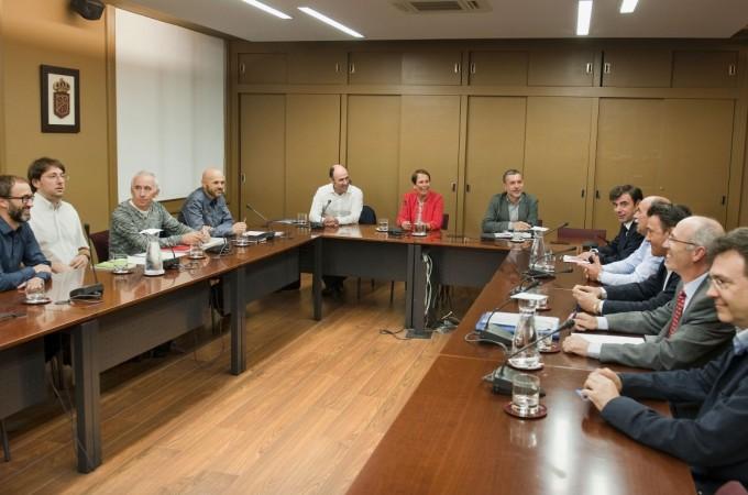 Barkos se compromete a elaborar un Plan Integral de Economía Social y Solidaria