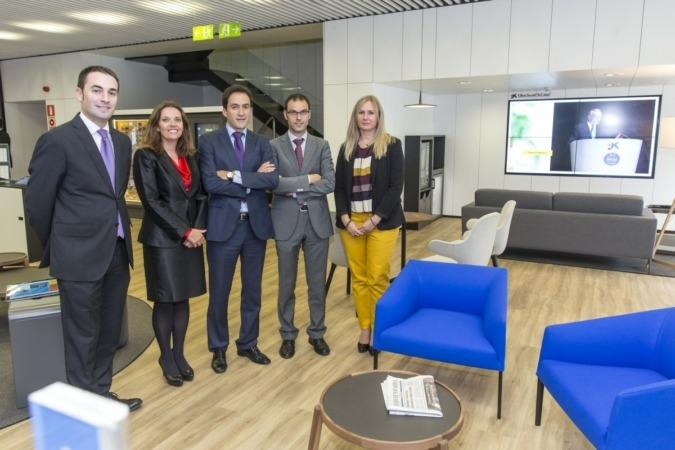 Caixabank estrena en tudela un nuevo concepto de oficina for Oficina turismo tudela