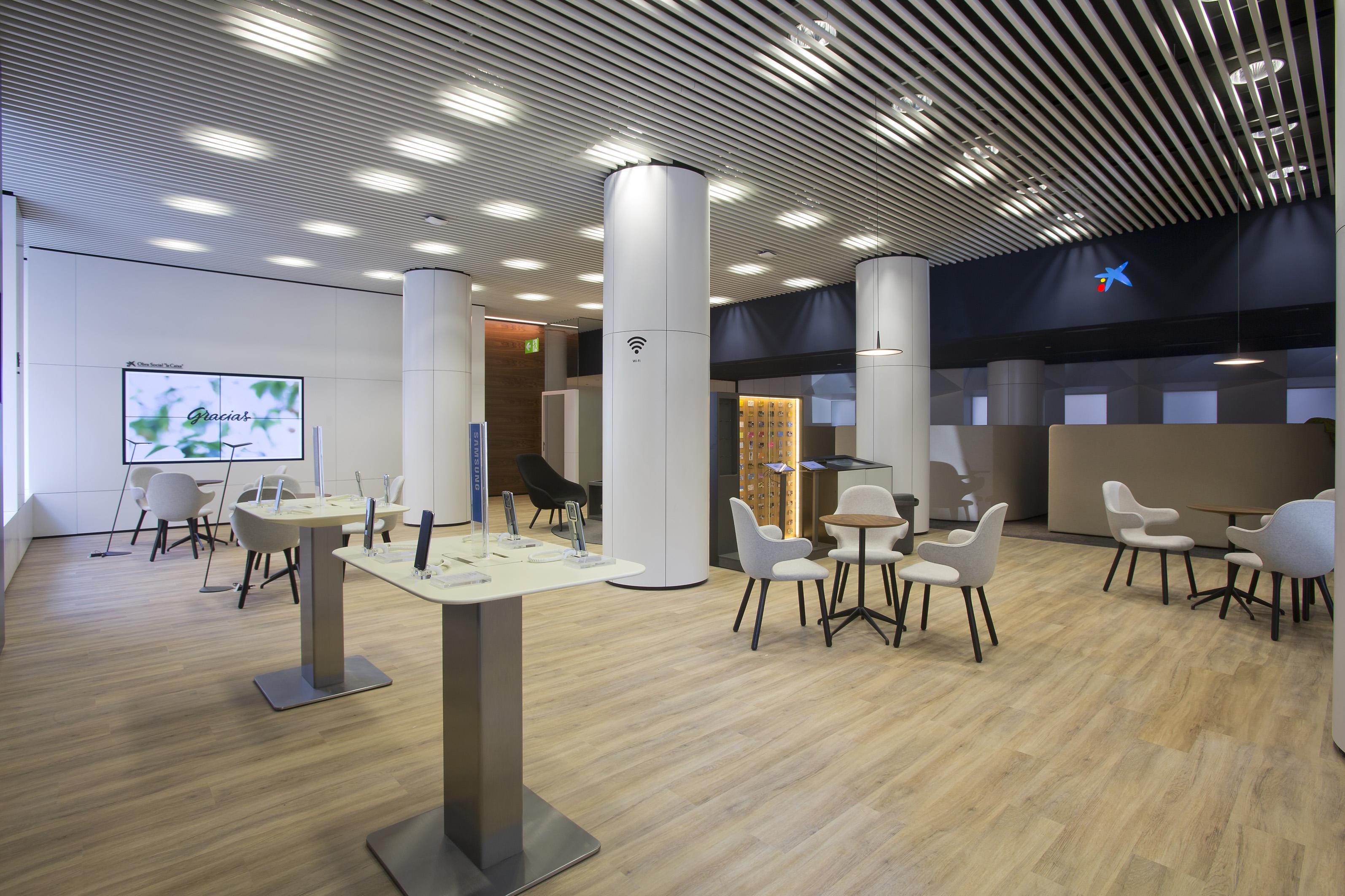 caixabank implanta en estella su nuevo modelo de oficina