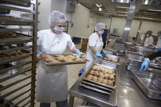 Grupo Ausolan invierte 2 millones de euros en su nueva cocina industrial de Esquiroz