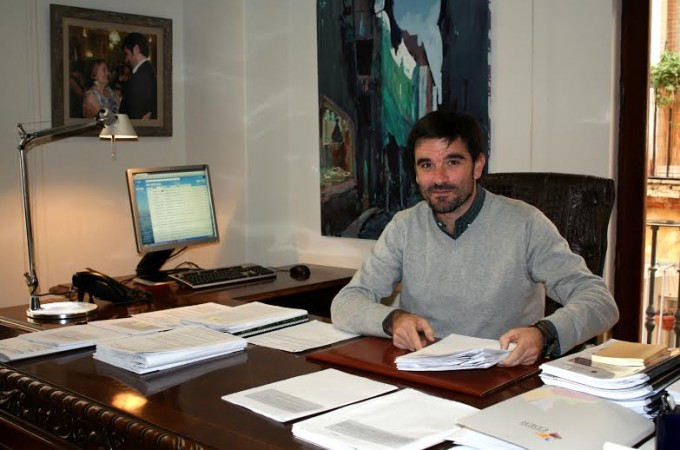 """Eneko Larrarte: """"Pedir una ejecución inminente de la II Fase del Canal de Navarra es un brindis al sol malintencionado"""""""