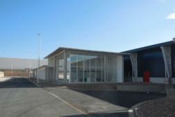Imagen exterior de la sede de UVESA en Tudela.