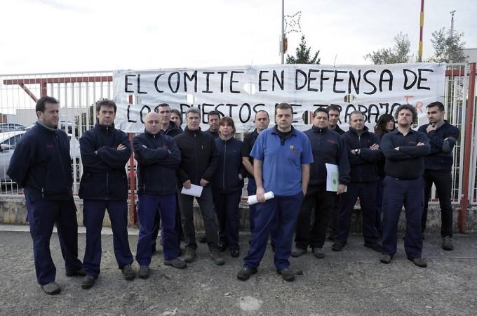 """TRW: el comité sospecha que la multinacional proyecta un cierre de la planta navarra """"en dos fases"""""""
