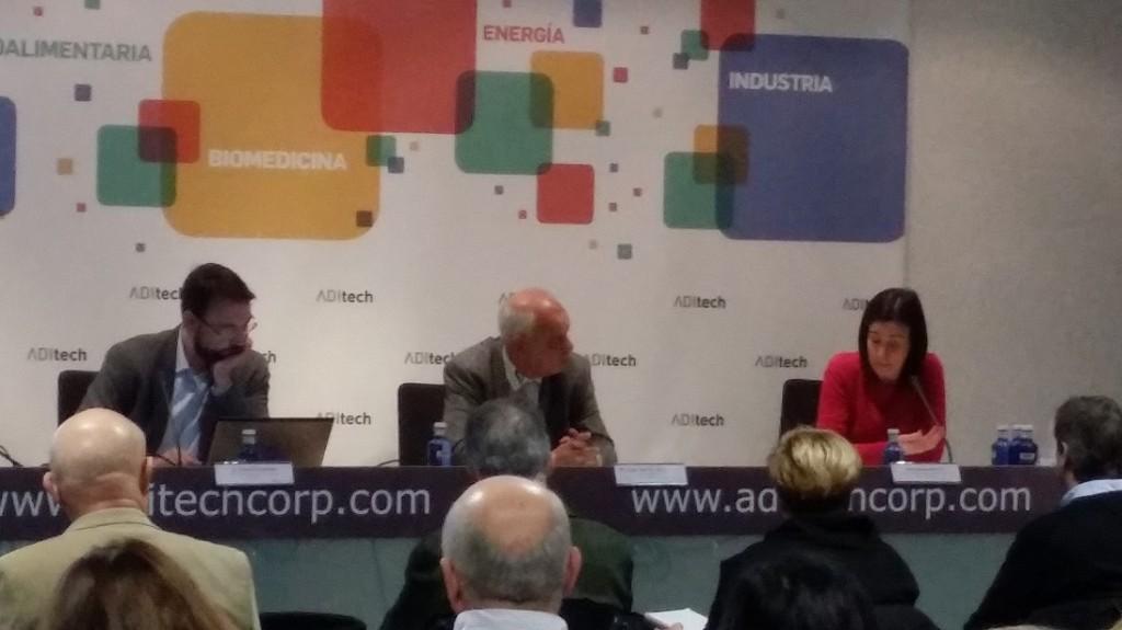 David Sánchez, CENER; Juan Ramón de la Torre, Director Científico-técnico de Aditech y Amaia Arandia, del Servicio de Innovación de Gobierno de Navarra;