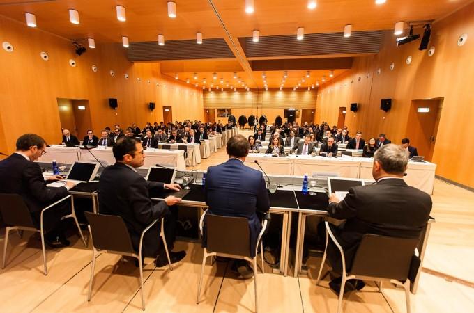 Jornada APD: La economía crece pero de forma débil y vulnerable